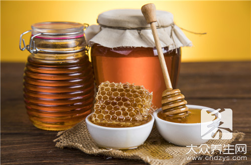 蜂蜜和空心菜一起吃吗