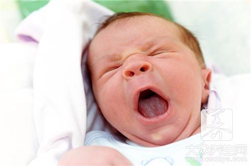 宝宝吹空调呕吐