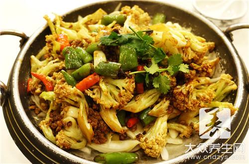 东北铁锅炖菜单-第1张