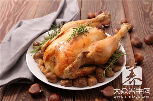 东北铁锅炖鸡的做法